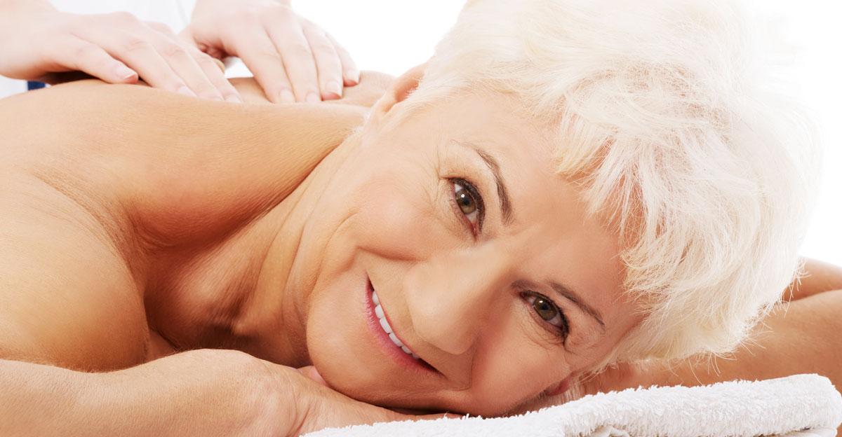 Massaggio in Gravidanza con olio di Mandorle dolci e l'Oro Colloidale