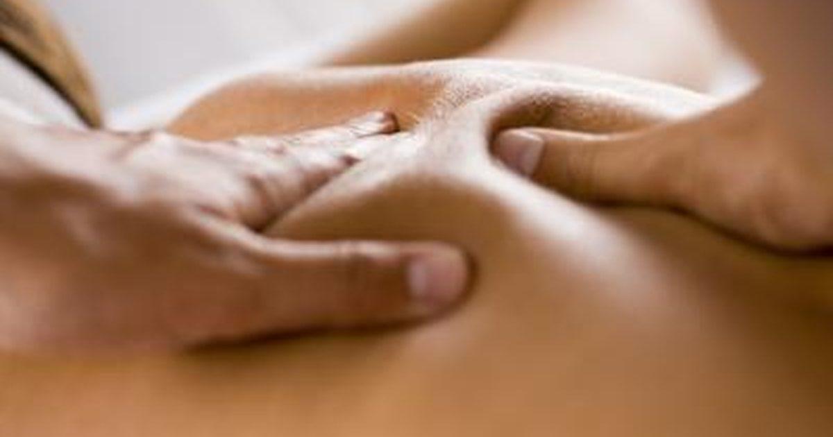 Massaggio Connettivale con olio di Mandorle dolci, Lavanda e Iperico bio
